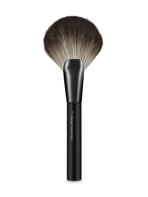 Glam by Manicare® Pro P1. Setting Powder Brush