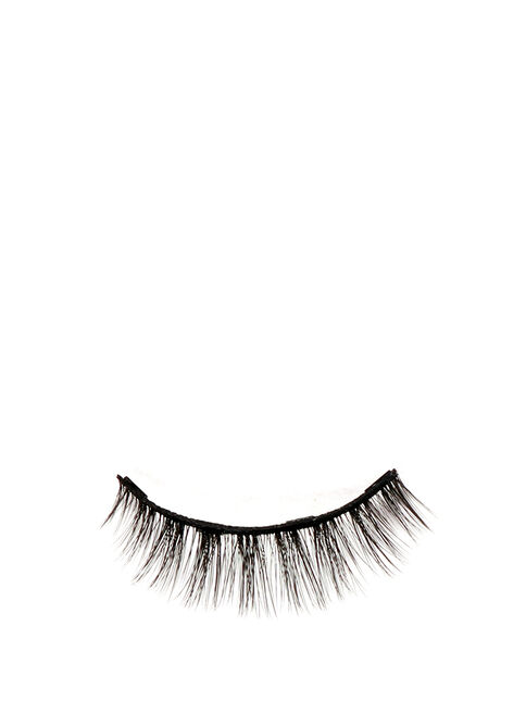 66. Charlotte Magnetic Lashes